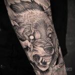Фото татуировки с оборотнем 01.04.2021 №235 - werewolf tattoo - tatufoto.com