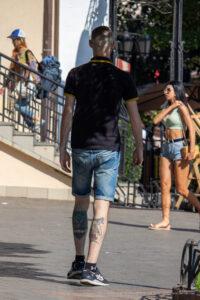 Тату воин казак и сова внизу ног парня – Фото Уличная тату (street tattoo) № 13 – 27.06.2021 7