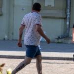Тату девушка под пальмой – рисунок на ноге мужчины – Фото Уличная тату (street tattoo) № 13 – 27.06.2021 1