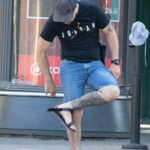 Тату маори узоры на левой ноге парня – Фото Уличная тату (street tattoo) № 13 – 27.06.2021 2