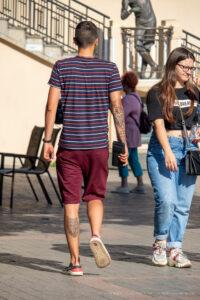 Тату узоры на правой руке у парня и звезда на локте – Фото Уличная тату (street tattoo) № 13 – 27.06.2021 3