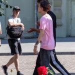 Тату цветок розы на левом запястье молодого парня – Фото Уличная тату (street tattoo) № 13 – 27.06.2021 1