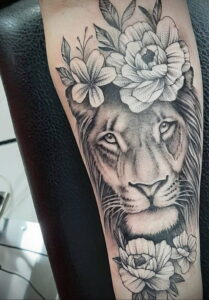 Фото интересной татуировки 02.06.2021 №012 - cool tattoo - tatufoto.com