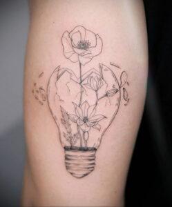 Фото интересной татуировки 02.06.2021 №014 - cool tattoo - tatufoto.com