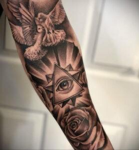 Фото интересной татуировки 02.06.2021 №036 - cool tattoo - tatufoto.com
