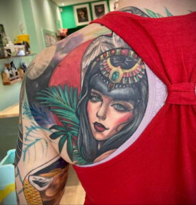 Фото интересной татуировки 02.06.2021 №071 - cool tattoo - tatufoto.com