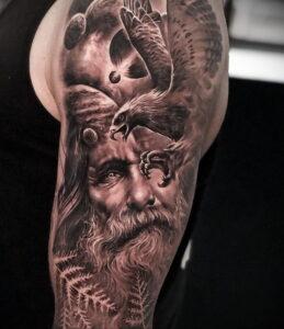Фото интересной татуировки 02.06.2021 №077 - cool tattoo - tatufoto.com