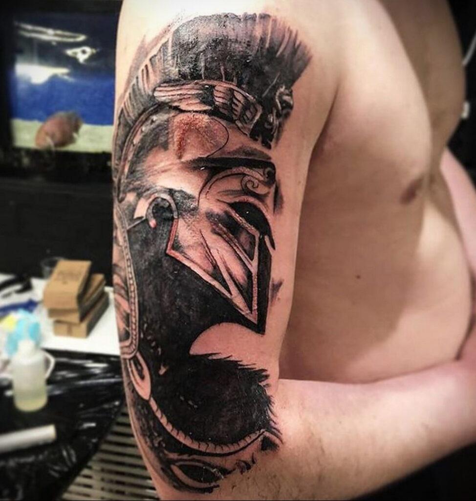 Фото интересной татуировки 02.06.2021 №105 - cool tattoo - tatufoto.com