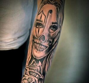 Фото интересной татуировки 02.06.2021 №122 - cool tattoo - tatufoto.com