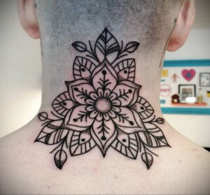 Фото интересной татуировки 02.06.2021 №124 - cool tattoo - tatufoto.com