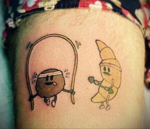 Фото татуировки круассан 05.06.2021 №197 - croissant tattoo - tatufoto.com