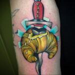 Фото татуировки круассан 05.06.2021 №208 - croissant tattoo - tatufoto.com