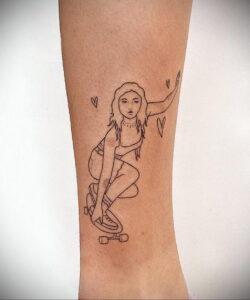 Фото тату со скейтбордом 19.06.2021 №075 - skateboard tattoo - tatufoto.com