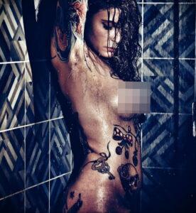 Фото Принятие душа с татуировкой 04.07.2021 №101 -Showering with a tattoo- tatufoto.com