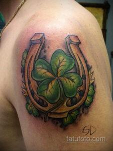 Фото рисунока тату с подковой 22.07.2021 №024 - drawing tattoo horseshoe - tatufoto.com