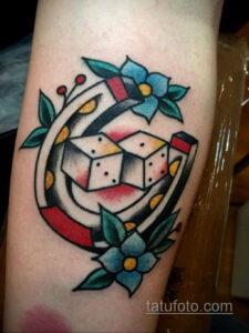Фото рисунока тату с подковой 22.07.2021 №068 - drawing tattoo horseshoe - tatufoto.com