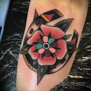 Фото рисунока тату с подковой 22.07.2021 №071 - drawing tattoo horseshoe - tatufoto.com