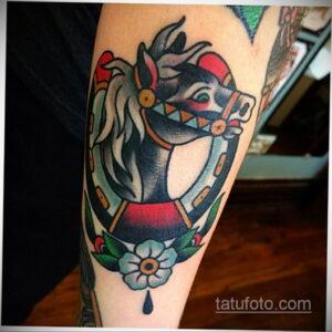 Фото рисунока тату с подковой 22.07.2021 №075 - drawing tattoo horseshoe - tatufoto.com