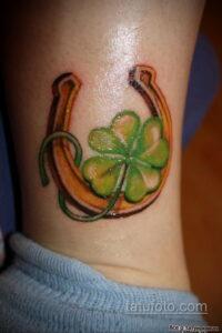 Фото рисунока тату с подковой 22.07.2021 №086 - drawing tattoo horseshoe - tatufoto.com