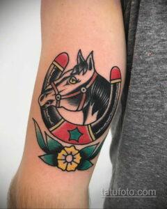 Фото рисунока тату с подковой 22.07.2021 №178 - drawing tattoo horseshoe - tatufoto.com