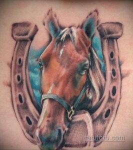 Фото рисунока тату с подковой 22.07.2021 №180 - drawing tattoo horseshoe - tatufoto.com