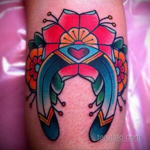 Фото рисунока тату с подковой 22.07.2021 №181 - drawing tattoo horseshoe - tatufoto.com