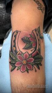 Фото рисунока тату с подковой 22.07.2021 №223 - drawing tattoo horseshoe - tatufoto.com