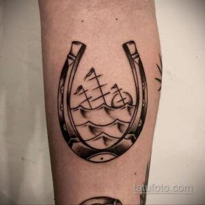 Фото рисунока тату с подковой 22.07.2021 №233 - drawing tattoo horseshoe - tatufoto.com