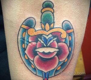 Фото рисунока тату с подковой 22.07.2021 №365 - drawing tattoo horseshoe - tatufoto.com