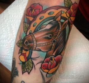 Фото рисунока тату с подковой 22.07.2021 №376 - drawing tattoo horseshoe - tatufoto.com