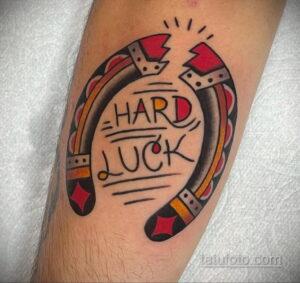 Фото рисунока тату с подковой 22.07.2021 №439 - drawing tattoo horseshoe - tatufoto.com