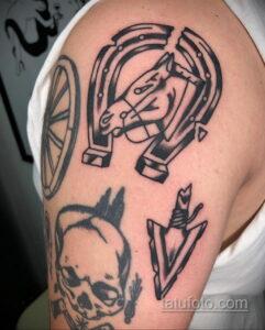Фото рисунока тату с подковой 22.07.2021 №520 - drawing tattoo horseshoe - tatufoto.com