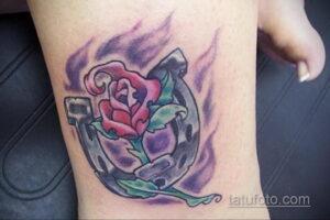 Фото рисунока тату с подковой 22.07.2021 №657 - drawing tattoo horseshoe - tatufoto.com
