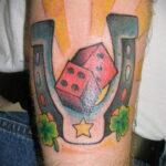 Фото рисунока тату с подковой 22.07.2021 №675 - drawing tattoo horseshoe - tatufoto.com