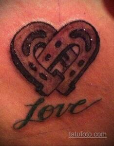 Фото рисунока тату с подковой 22.07.2021 №696 - drawing tattoo horseshoe - tatufoto.com