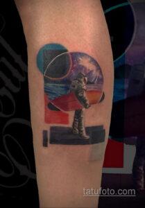 Фото тату астронавт 17.07.2021 №210 - astronaut tattoo - tatufoto.com