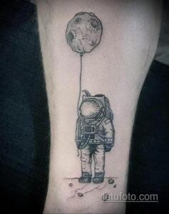 Фото тату астронавт 17.07.2021 №233 - astronaut tattoo - tatufoto.com