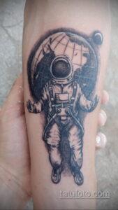 Фото тату астронавт 17.07.2021 №239 - astronaut tattoo - tatufoto.com