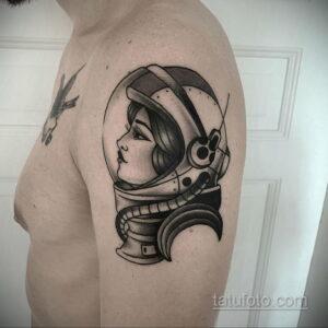 Фото тату астронавт 17.07.2021 №250 - astronaut tattoo - tatufoto.com