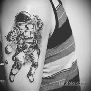 Фото тату астронавт 17.07.2021 №253 - astronaut tattoo - tatufoto.com