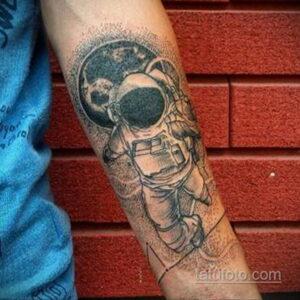 Фото тату астронавт 17.07.2021 №257 - astronaut tattoo - tatufoto.com