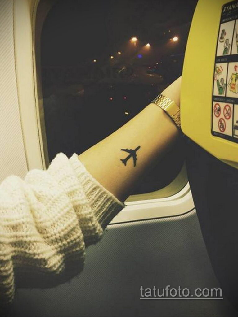 Фото тату самолет 06.07.2021 №408 - airplane tattoo - tatufoto.com